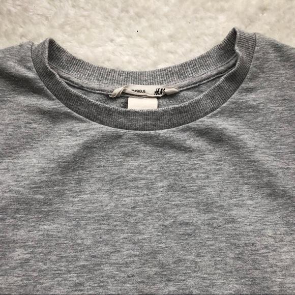 H&M Other - H&M Girls Sparkly Crew Neck Sweatshirt 8-10